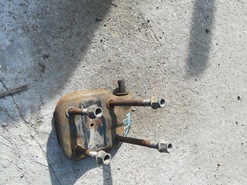 Стремянка рессоры Toyota Dyna LY230 5L задняя