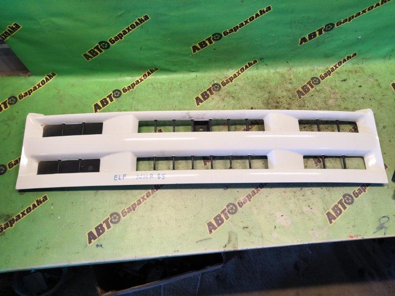 Решетка радиатора Isuzu Elf NHR85 4JJ1T