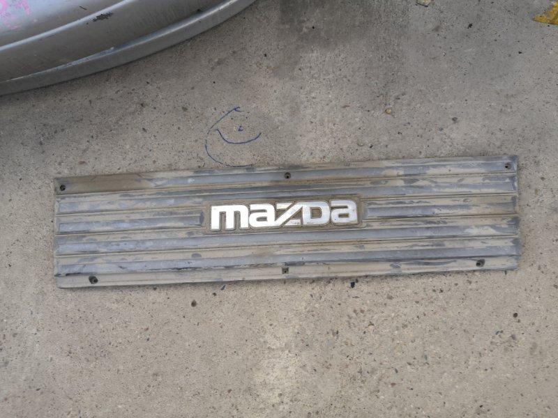 Решетка радиатора Mazda Bongo Brawny SD89T F8