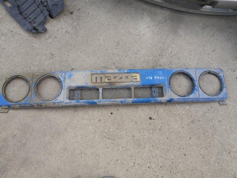 Решетка радиатора Mazda Titan WG5AT