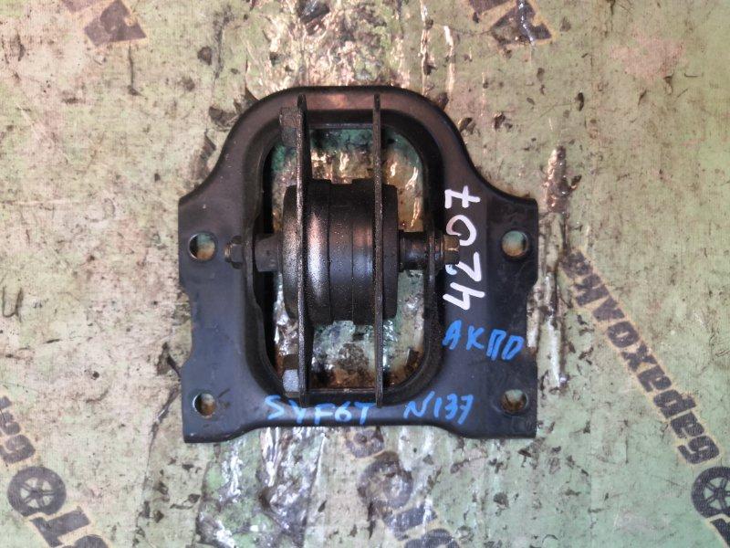 Подушка кпп Mazda Titan SYF6T RF задняя