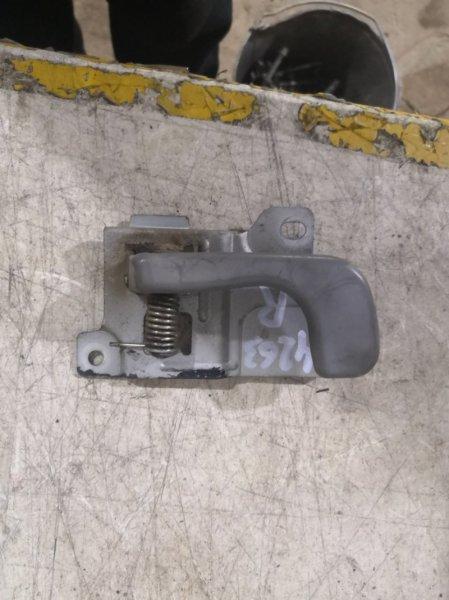 Ручка двери внутренняя Mitsubishi Canter FB511B 4M40 правая