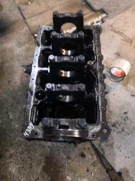 Блок двигателя Isuzu Elf NHR69 4JG2
