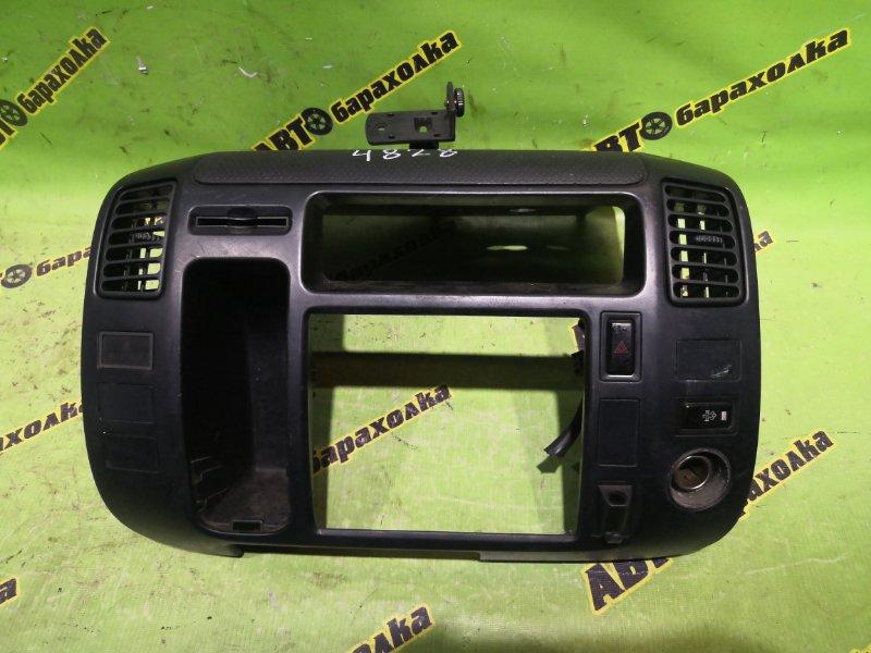 Консоль магнитофона Hino Dutro XZU414 N04C