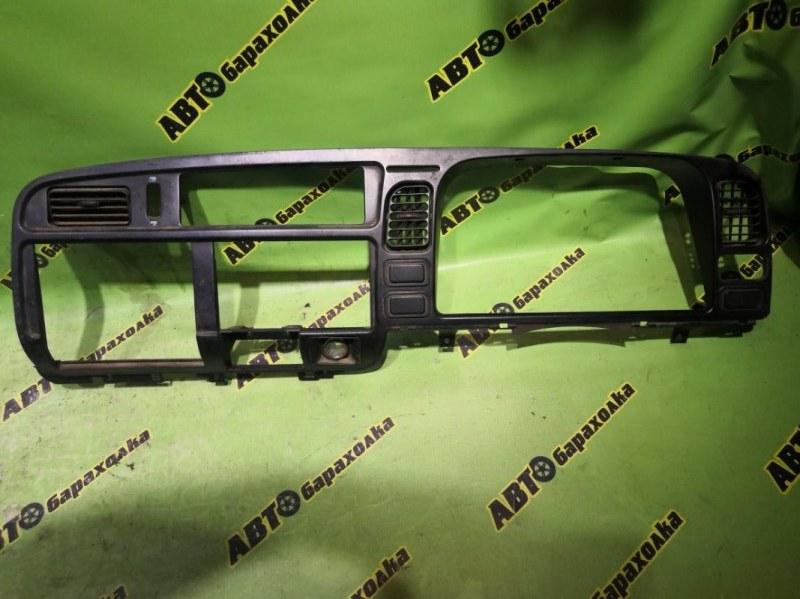 Центральная консоль Mitsubishi Canter FB511B 4M40