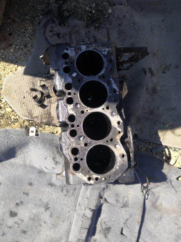 Блок двигателя Nissan Atlas F23 TD25