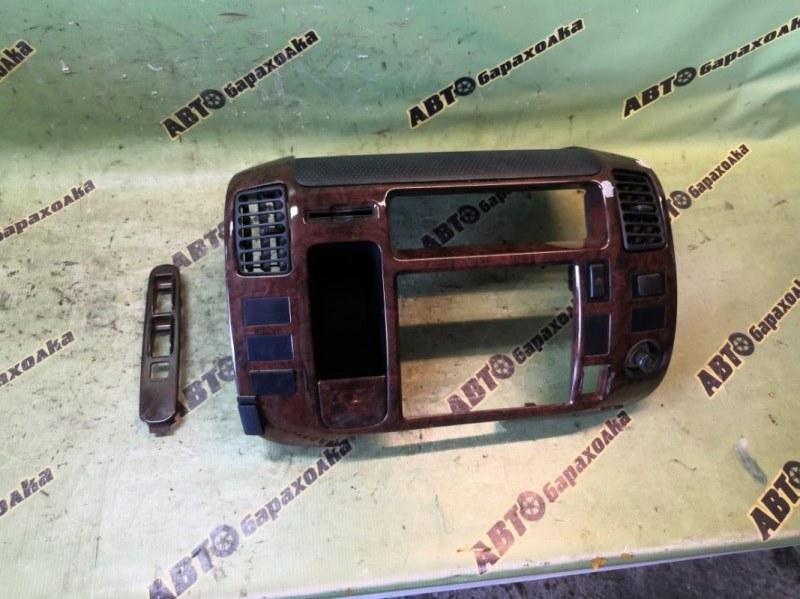 Консоль магнитофона Toyota Toyoace LY280 5L 2001