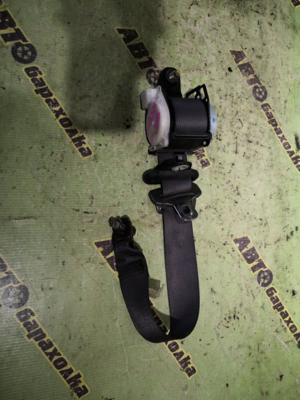 Ремень безопасности Isuzu Elf NKR81 4HL1 передний левый