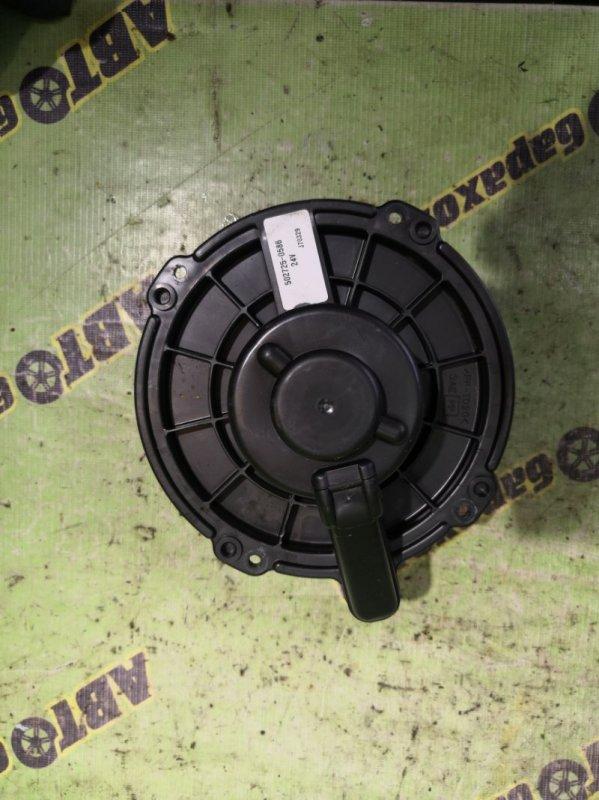 Мотор печки Isuzu Elf NKR81 4HL1
