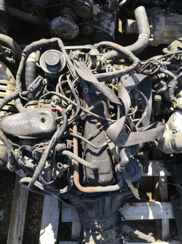 Двигатель Toyota Hiace YH81 2Y 1995