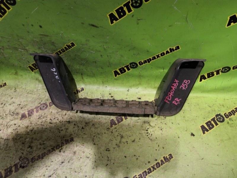 Подножка Mitsubishi Canter FB70 4M40 2002 задняя правая