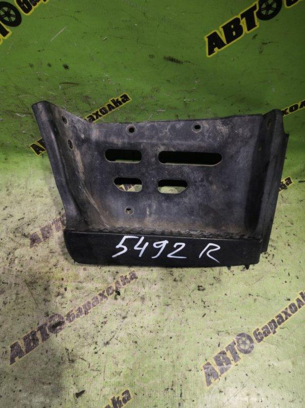 Подножка Hino Dutro XZU344 N04C 2003 передняя правая
