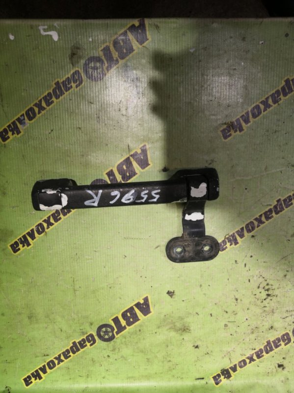 Ручка открывания капота Mitsubishi Fuso FK61 6D14 1999 правая