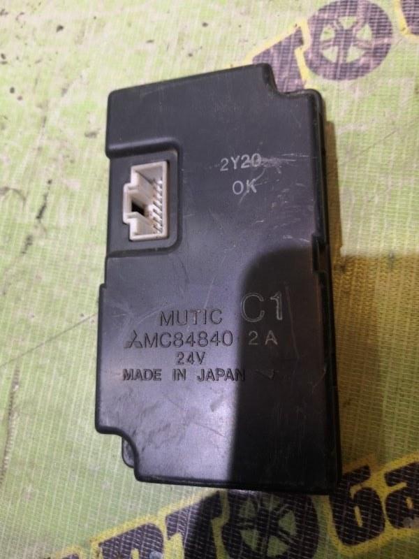Блок управления Mitsubishi Fuso FK61 6D14 1999