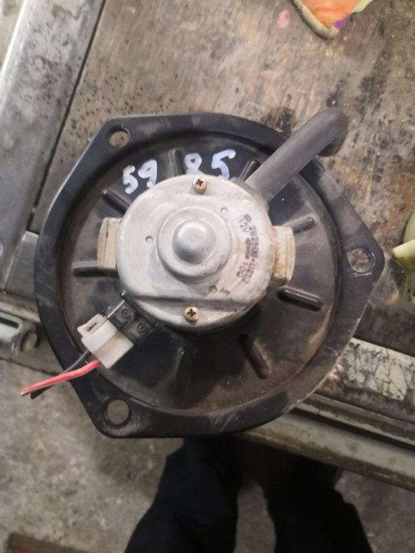 Мотор печки Mitsubishi Canter FD501B 4M40 1995