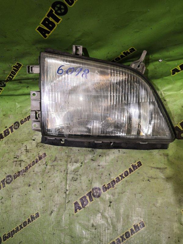 Фара Toyota Dyna BU301 4B 2001 правая
