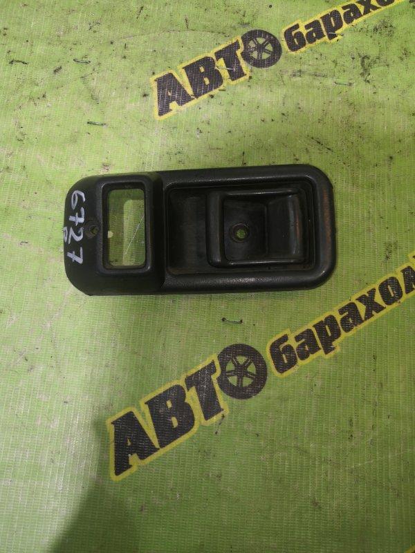 Ручка двери внутренняя Mazda Titan WGEAT TF 1995 передняя правая