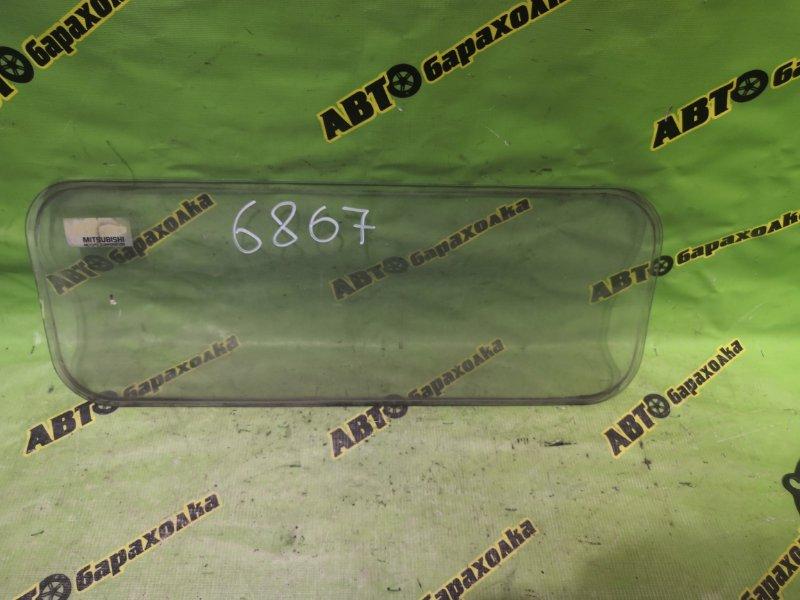 Стекло Mitsubishi Canter FE305 4D33