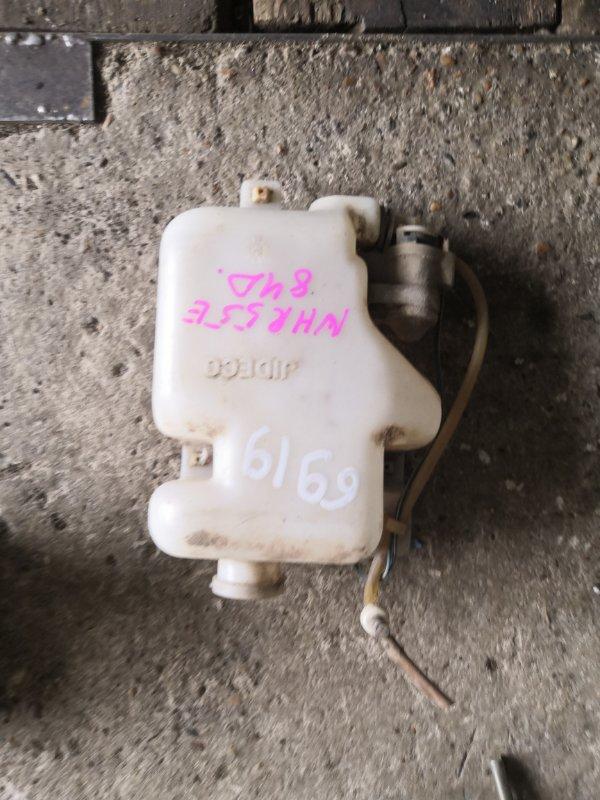 Бачок омывателя Isuzu Elf NHR55E 4JB1 1990