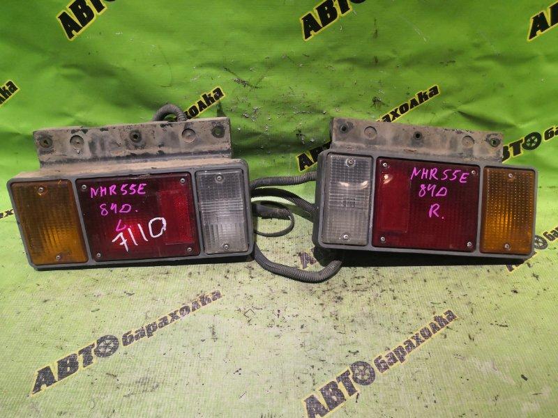 Стоп-сигнал Isuzu Elf NKR81-7031256 4HL1 2005