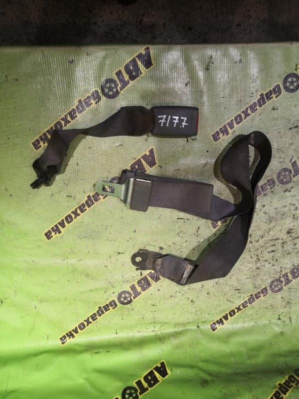 Ремень безопасности Isuzu Elf NKR81-7031256 4HL1 2005