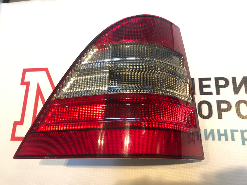 Фонарь задний Mercedes M-Class W163 612.963 2000 левый
