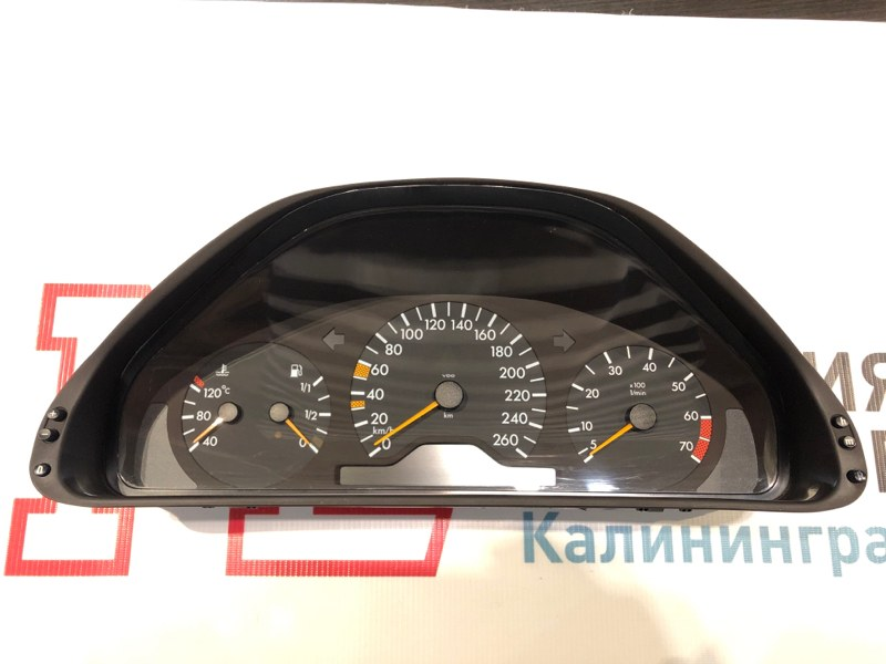 Щиток приборов Mercedes Clk-Class W208 112.940 1999