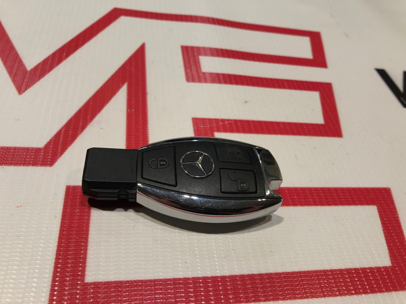 Ключ Mercedes E-Class W211 642.920 2008