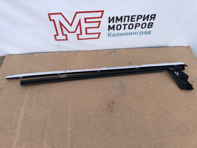 Молдинг на дверь Mercedes Cls-Class W219 C219 272.964 2005 задний правый