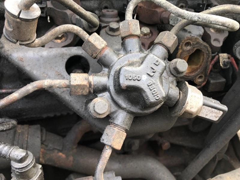 Топливная рампа в сборе Ford Transit Connect 1.8 TDCI 90 Л.С. 2007