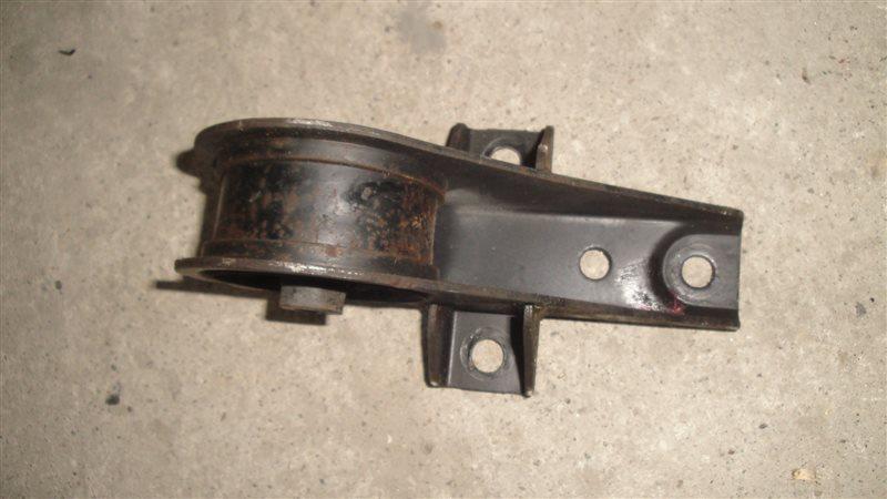 Подушка двигателя Honda Capa GA4 D15B задняя