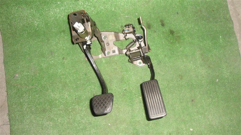 Педаль тормоза Honda Prelude BB1 H22A