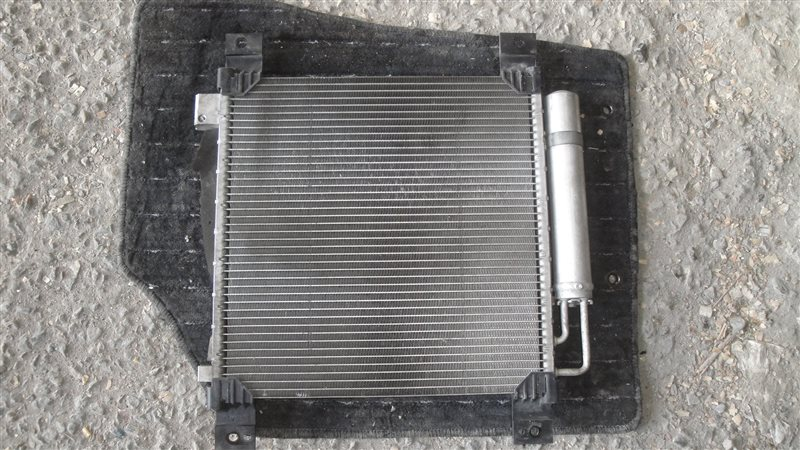Радиатор кондиционера Subaru Stella RN1