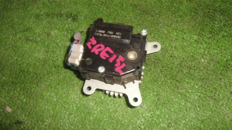 Сервопривод заслонок печки Toyota Corolla Rumion ZRE152