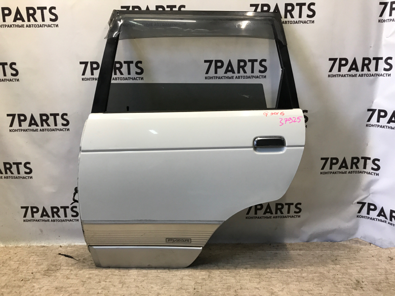 Дверь Daihatsu Pyzar G301G задняя левая