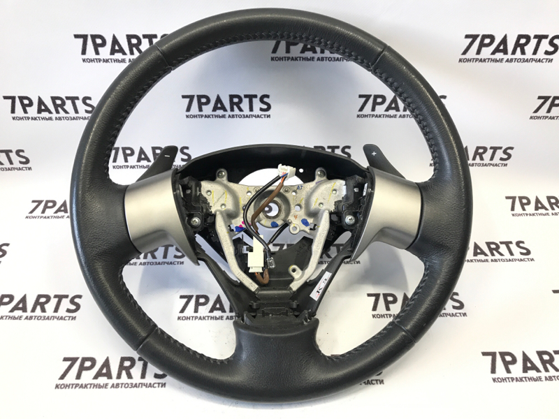 Руль Toyota Noah ZRR70