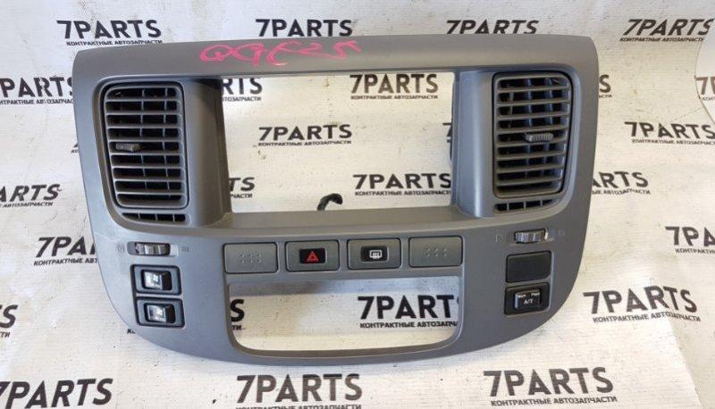 Консоль магнитофона Nissan Caravan QGE25
