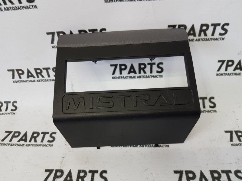 Консоль магнитофона Nissan Mistral R20 TD27TI 1997