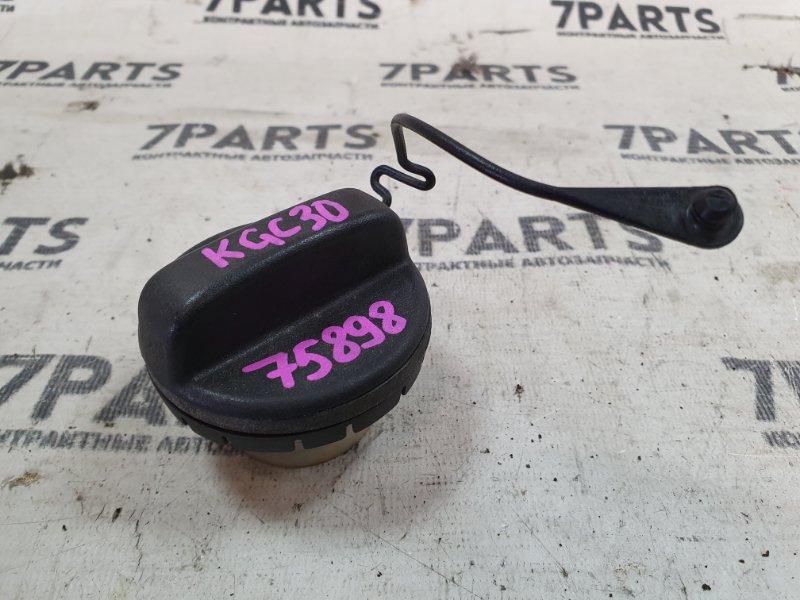 Крышка топливного бака Toyota Passo KGC30