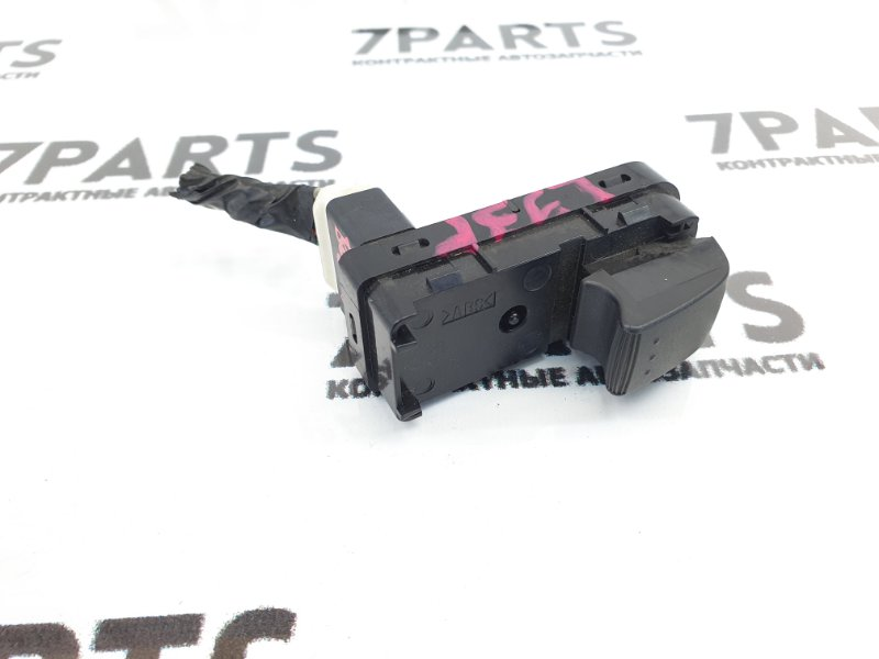 Блок упр. стеклоподьемниками Mazda Mpv LY3P задний правый