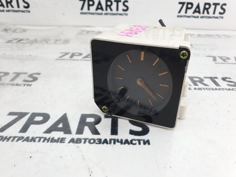 Часы Nissan Cedric PY32 VG30E 1993