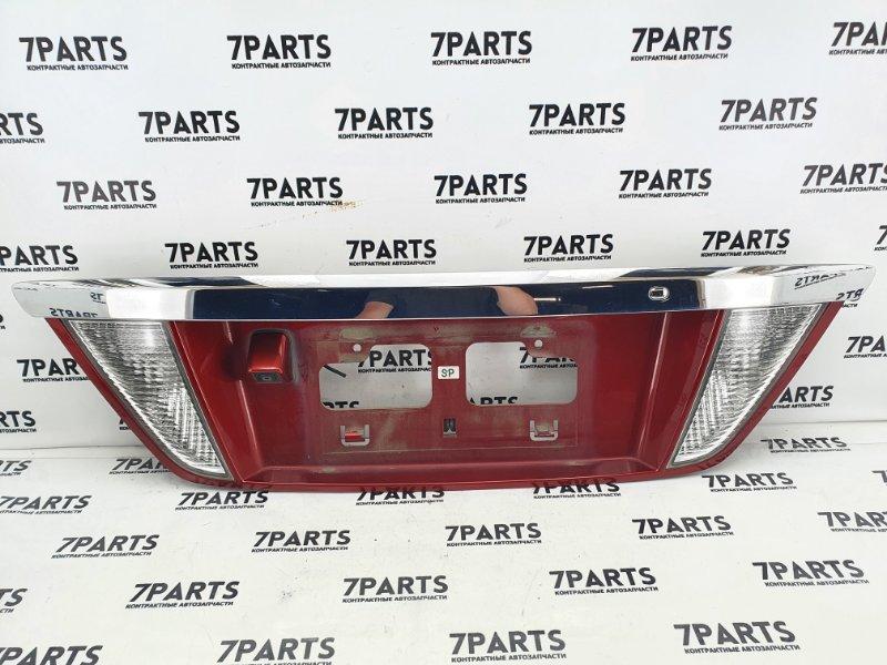 Накладка 5-й двери Nissan Presage TU31 QR25DE 2007