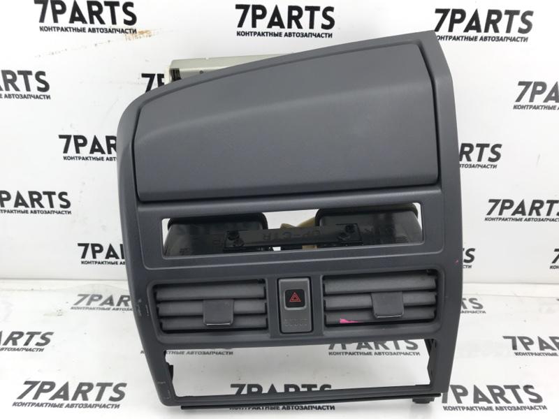 Консоль магнитофона Nissan Bassara JHU30 VQ30DE 2002