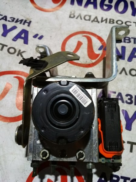 Блок abs Toyota Passo KGC30 2013
