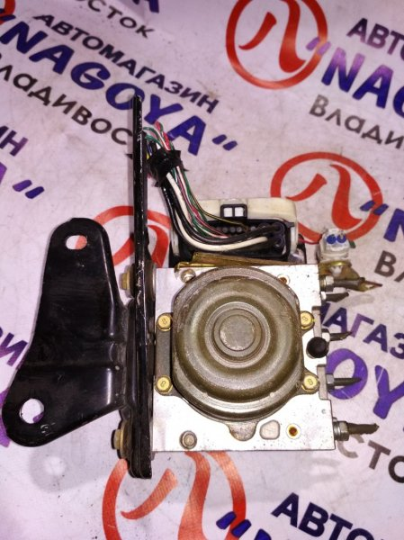 Блок abs Toyota Ist NCP60