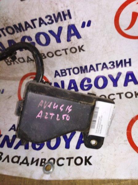 Блок предохранителей Toyota Avensis AZT250
