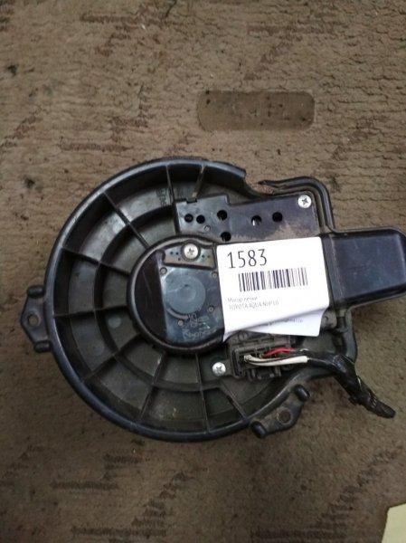 Мотор печки Toyota Aqua NHP10