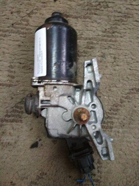 Мотор дворников Toyota Ist NCP65 2002