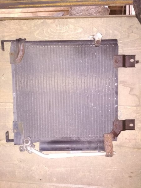 Радиатор кондиционера Daihatsu Naked L750S