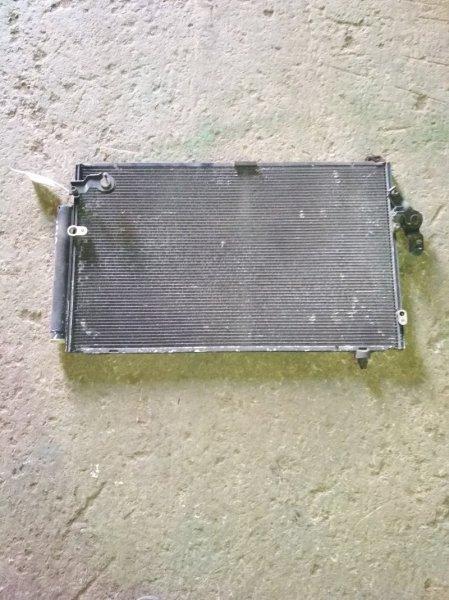 Радиатор кондиционера Toyota Isis ZNM10